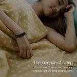 Monitors your sleep