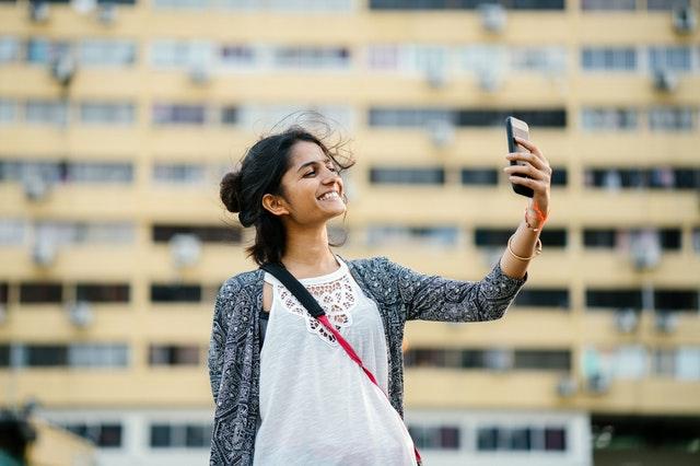 Best Selfie Phones Under 15000 In India